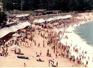 昭和60年代の海水浴場