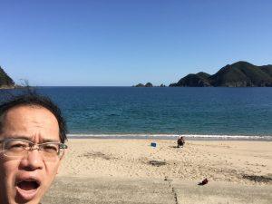 海で自撮り