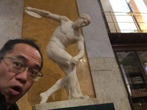 大英博物館で自撮り