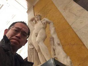 大英博物館にて自撮りその2